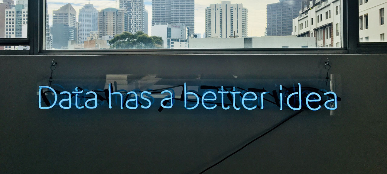 Blog. Data to reinvent the Customer Experience.