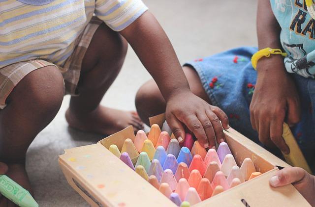 Blog Hackday Reto Save The Children en Thinkers Co. Creación de ideas de negocio a través de la metodología Design Thinking.