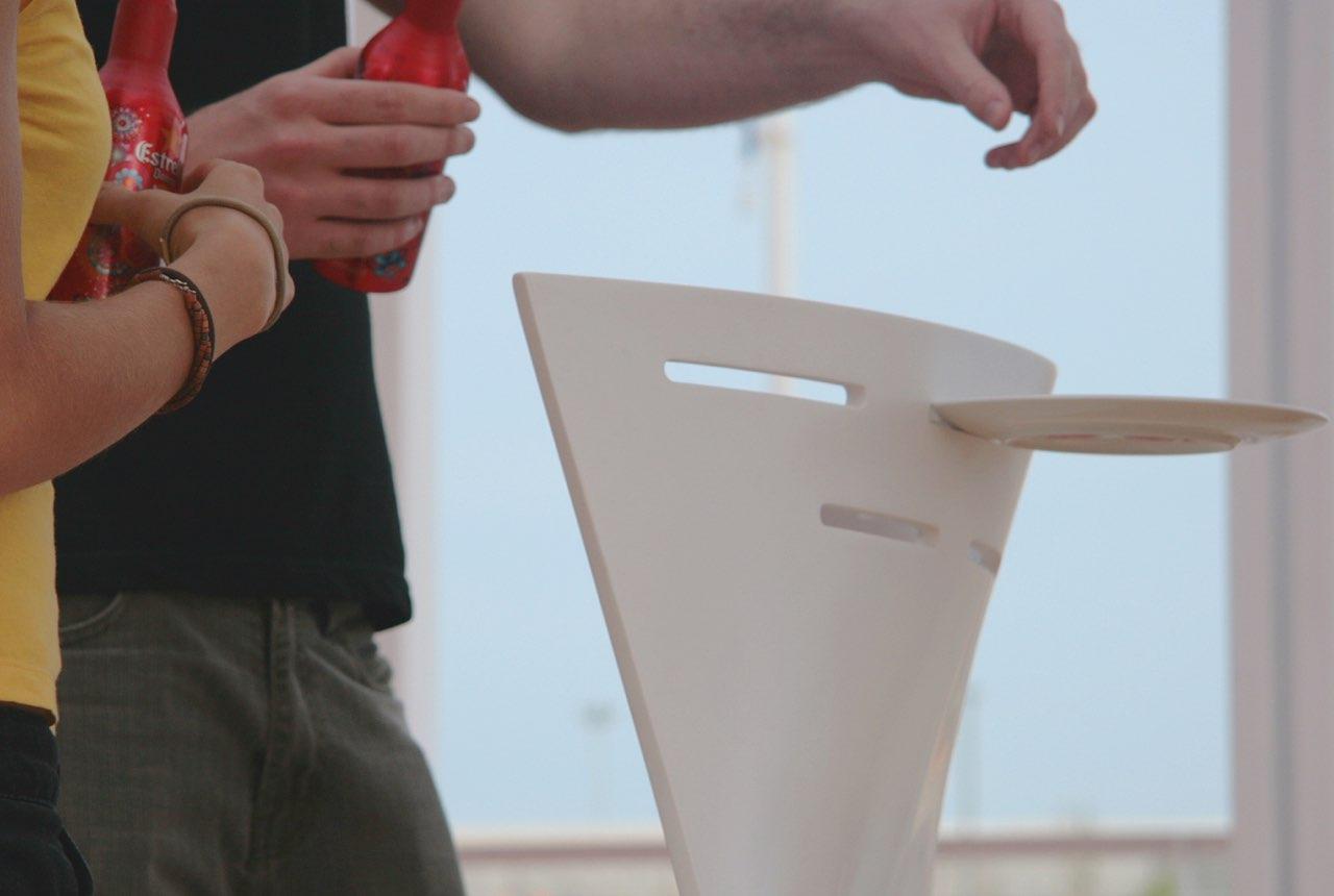 Conceptualización y Diseño de Producto Blou por Thinkers Co., material adaptable a tus necesidades.